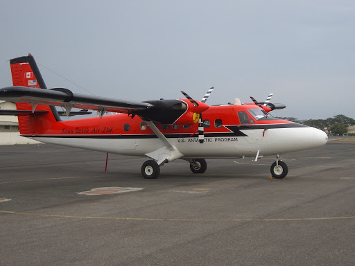 TwinOtter U.S. Antartic Program, operated by Kenn Borek Air LtD, Guayaquil